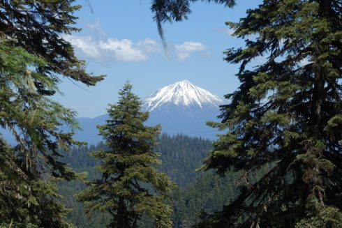 Hiking the Grizzly Peak Trail Near Ashland, Oregon
