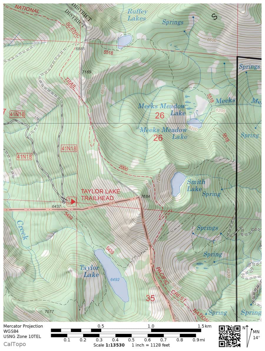 Topographic hiking trail map of Smith Lake near Russian Wilderness in Klamath National Forest. Includes the Pacific Crest Trail and Taylor Lake.
