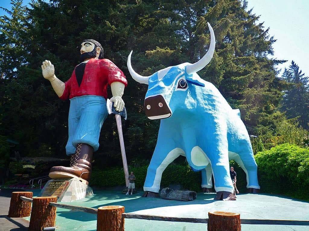 Trees of Mystery: Paul Bunyan and Babe the Blue Ox, Highway 101 icons of the redwood coast of Northern California.