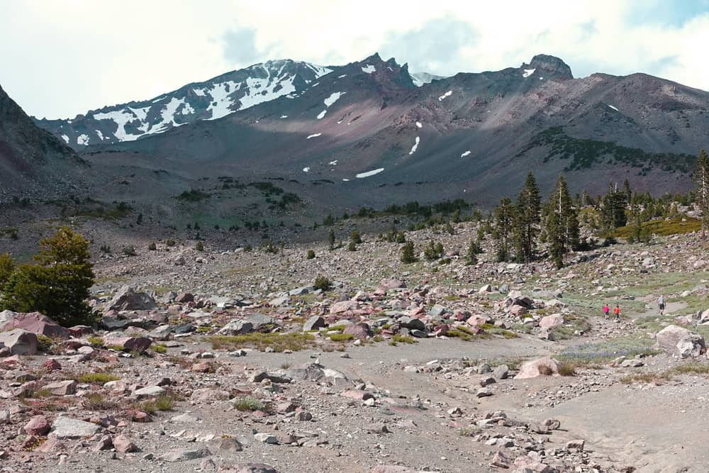 View from the trailhead of the Old Ski Bowl Trail on Mount Shasta. Green Butte is to the left, with Avalanche Gulch beyond the ridge on the left.