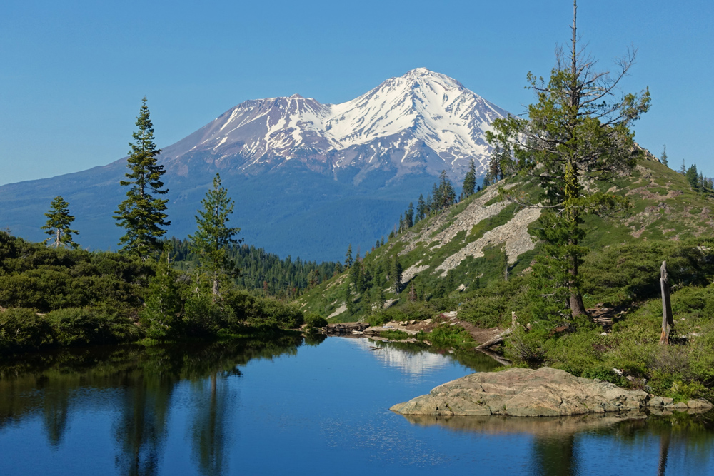 Heart Lake and Mount Shasta: the end of the hiking trail.